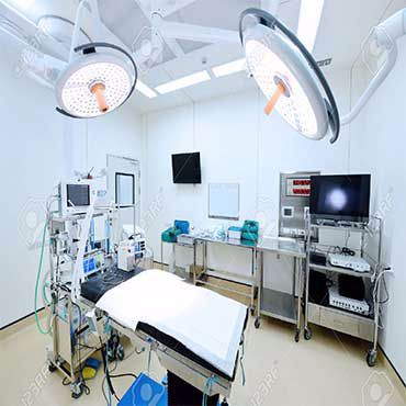صورة لقسم معدات غرف العمليات الطبية
