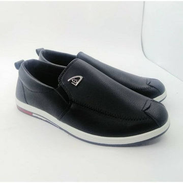 Black leather casual shoes من هب له.كوم